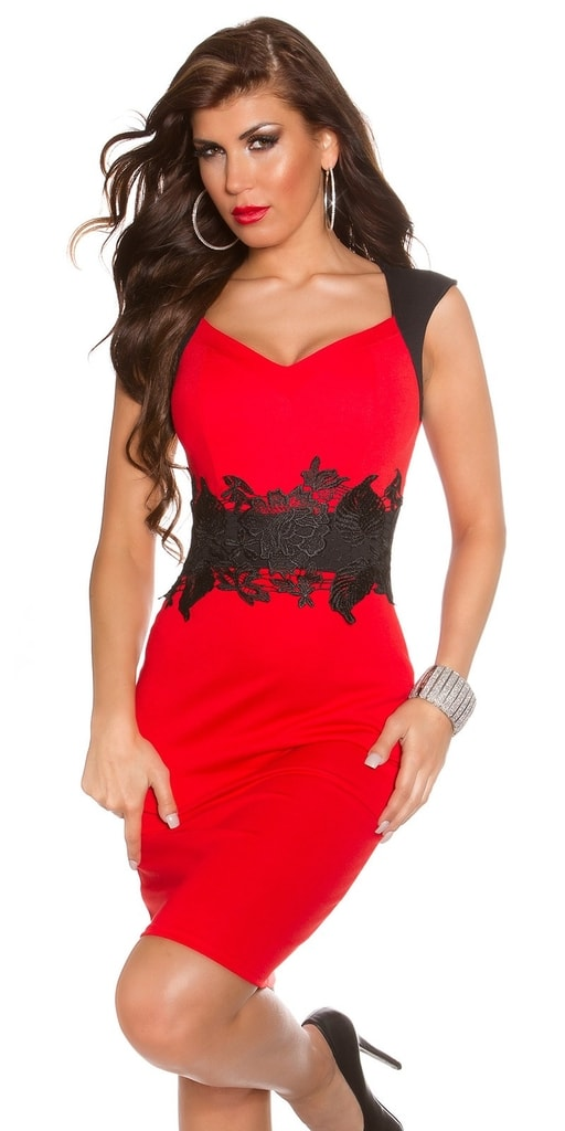 Koucla Večerní šaty červené