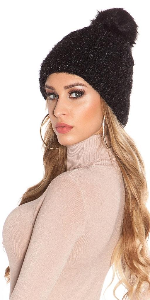 Koucla Černá zimní čepice