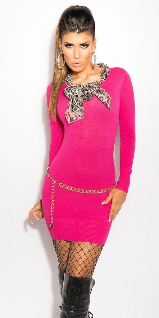 Koucla Růžové pletené šaty s šátkem