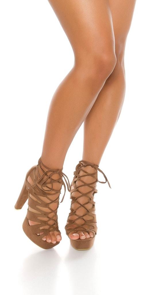 Koucla Letní boty na vysokém podpadku
