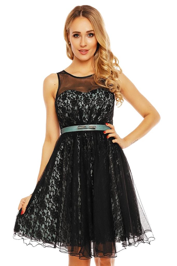 Dámské večerní šaty