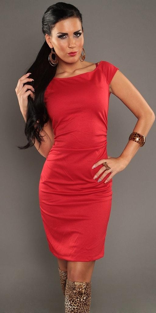 Koucla Elegantní dámské šaty červené
