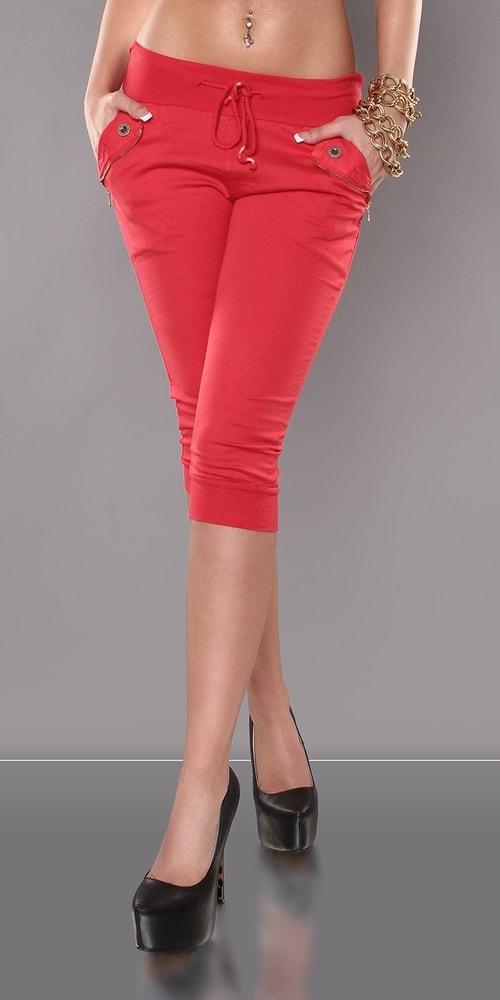 a0bf0cc1d38 Letní červené kalhoty - Koucla - Capri kalhoty - i-moda.cz