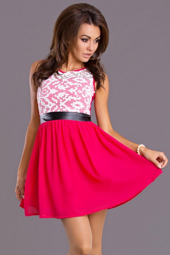 479393ec407 Růžové šaty do tanečních - Emamoda - Krátké plesové šaty - i-moda.cz